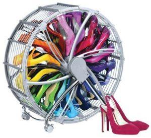 Rollbares Schuhregal schmal in Chrom Look - Schuhkarussel für 17 Paar Schuhe - modern, platzsparend,und fahrbar